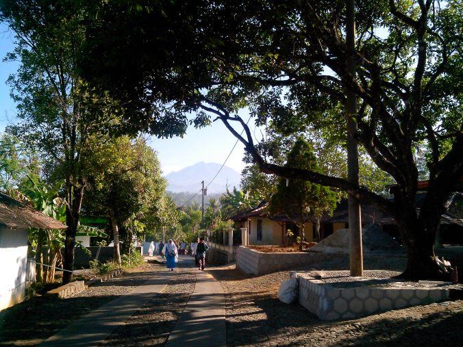 Gunung Lawu dari Kejauhan PART II (Dari Girimarto, Wonogiri)